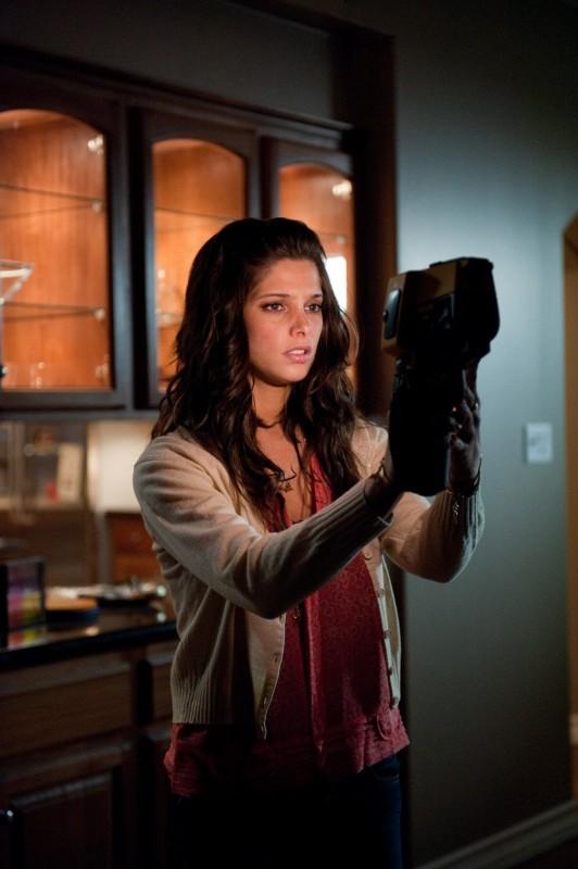 Ashley Greene Nel Film The Apparition Del 2012 249865