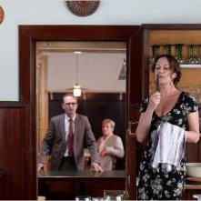 Die Kirche bleibt im Dorf : Gary Smith e Peter Jordan in una scena con Natalia Wörner