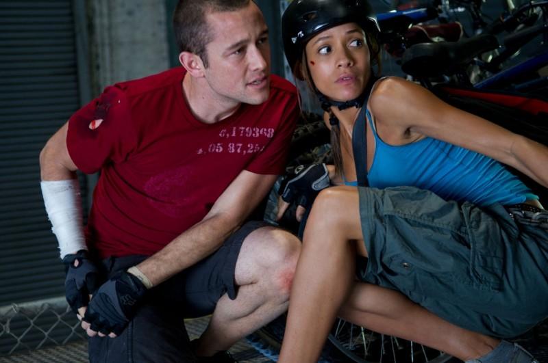 Joseph Gordon Levitt In Premium Rush Con Dania Ramirez 249903