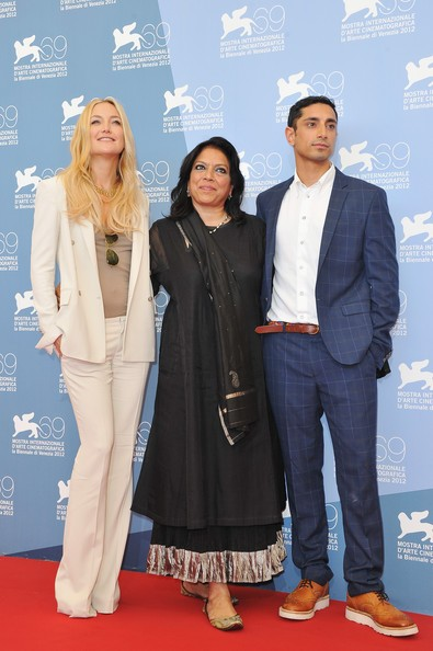 Kate Hudson E Riz Ahmed Presentano The Reluctant Fundamentalist A Venezia 2012 Insieme A Mira Nair 250109
