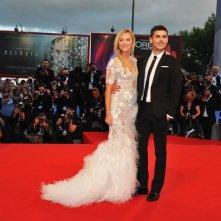 Zac Efron e Maika Monroe sul tappeto rosso a Venezia 2012 per presentare At Any Price