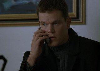 Matt Damon durante una scena del film The Bourne Identity