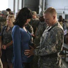 Army Wives: Catherine Bell e Terry Serpico nell'episodio Forte come l'esercito