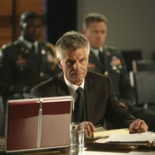 Army Wives: Harry Hamlin in una scena dell'episodio Giudizio ed errore