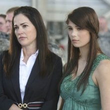 Army Wives: Kim Delaney e Katelyn Pippy nell'episodio Forte come l'esercito