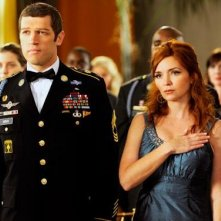 Brigid Brannagh in una scena dell'episodio Addio alle armi della quinta stagione di Army Wives - Conflitti del cuore