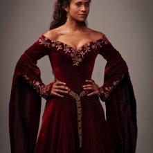 Angel Coulby in una foto promozionale della quinta stagione della serie TV Merlin