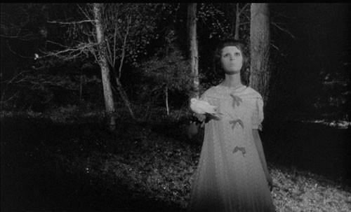 Occhi Senza Volto Edith Scob In Una Sequenza Del Film 251530