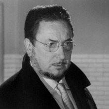 Occhi senza volto: Pierre Brasseur in una sequenza del film