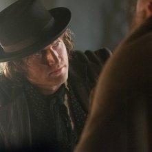Copper: Tom Weston-Jones in un momento dell'episodio Surviving Death
