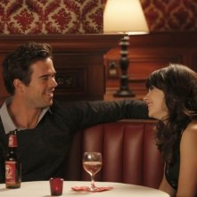 New Girl: David Walton e Zooey Deschanel nell'episodio Katie