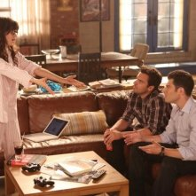 New Girl: Zooey Deschanel, Jake Johnson e Max Greenfield nell'episodio Re-Launch