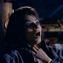 Primo piano di Scilla Gabel in una sequenza del film Il mulino delle donne di pietra