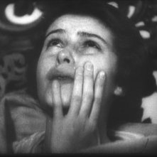 Sybille Schmitz in una sequenza di Vampyr - Il vampiro