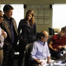 Castle: Chris Elwood, Tyrees Allen, Stana Katic e Nathan Fillion nell'episodio Cloudy With a Chance of Murder