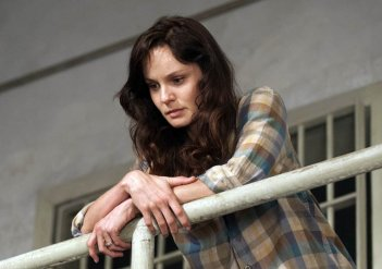 The Walking Dead: Sarah Wayne Callies nell'episodio Seed, premiere stagione 3