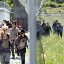 The Walking Dead: una scena dell'episodio Seed, premiere stagione 3