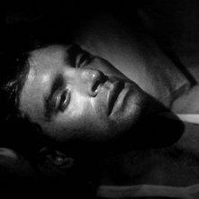 Burt Lancaster in una sequenza del film I Gangsters (1946)