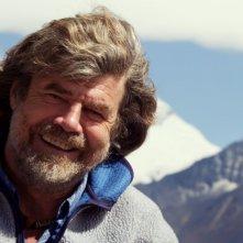 Reinhold Messner in una immagine del documentario diretto da Andreas Nickel