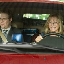 Seth Rogen e Barbra Streisand in auto in The Guilt Trip