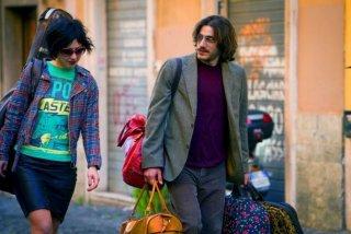 Tutt i santi giorni, in una scena, i protagonisti Thony e Luca Marinelli