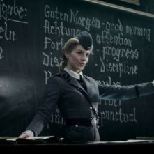 Iron Sky: Julia Dietze in una scena del film