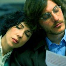 Tutti i santi giorni: una dolcissima immagine di Thony e Luca Marinelli tratta dal film