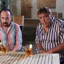 E io non pago: Maurizio Casagrande e Maurizio Mattioli in una scena del film