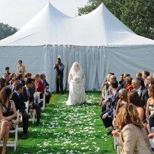 The Wedding Party: Rebel Wilson verso l'altare in una scena del film
