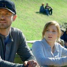 Di nuovo in gioco: Amy Adams insieme a Justin Timberlake a bordo campo in una scena
