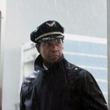 Flight: Denzel Washington protagonista del film di Robert Zemeckis in una scena