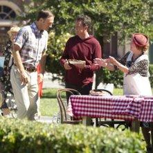 Go On: Seth Morris e Matthew Perry nell'episodio Big League Chew