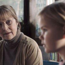 Il sospetto: Susse Wold con la piccola Annika Wedderkopp in una scena