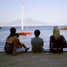 Le cose belle: Adele e Gioia Serra con Emanuel e Carmela in una scena del documentario