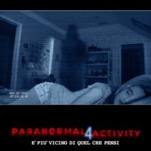 Paranormal Activity 4: la locandina italiana del film