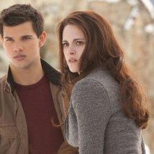 Twilight Saga: Breaking Dawn - Parte 2, Kristen Stewart e Taylor Lautner in una scena
