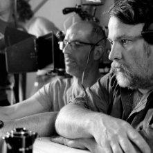 Un'estate da giganti: il regista Bouli Lanners (in primo piano) sul set del film