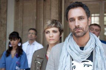 Viva l'Italia: Raoul Bova in una scena del film con Camilla Filippi