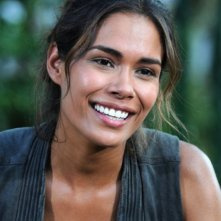 Revolution: Daniella Alonso nell'episodio The Plague Dogs
