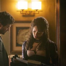 The Vampire Diaries: David Alpay e Kat Graham nell'episodio The Five