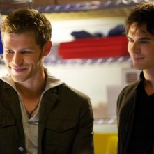 The Vampire Diaries: Joseph Morgan e Ian Somerhalder nell'episodio The Rager