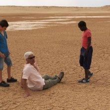 Il sole dentro: il regista Paolo Bianchini sul set del film con i due protagonisti