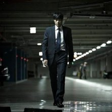 So Ji-Sub in una scena dell'action thriller coreano Hoi sa won