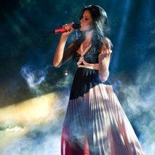 X Factor 6: Yendry Fiorentino si esibisce nella prima puntata