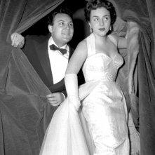 Sanremo 1955 - il vincitore Claudio Villa con Jula De Palma