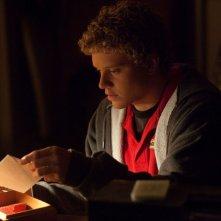 Jonny Weston in Chasing Mavericks, una scena del film