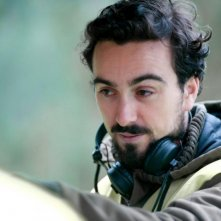 il regista Marçal Forés sul set di Animals
