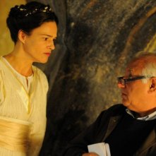 Un milione di giorni: Chiara Caselli sul set insieme al regista Manuel Giliberti
