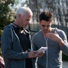 7 psicopatici: Colin Farrell sul set del film con il regista Martin McDonagh