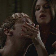 Alexander Skarsgård in una scena dell'episodio Gone, Gone, Gone della quinta stagione di True Blood